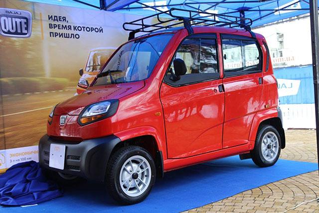 Bajaj Qute доступный автомобиль
