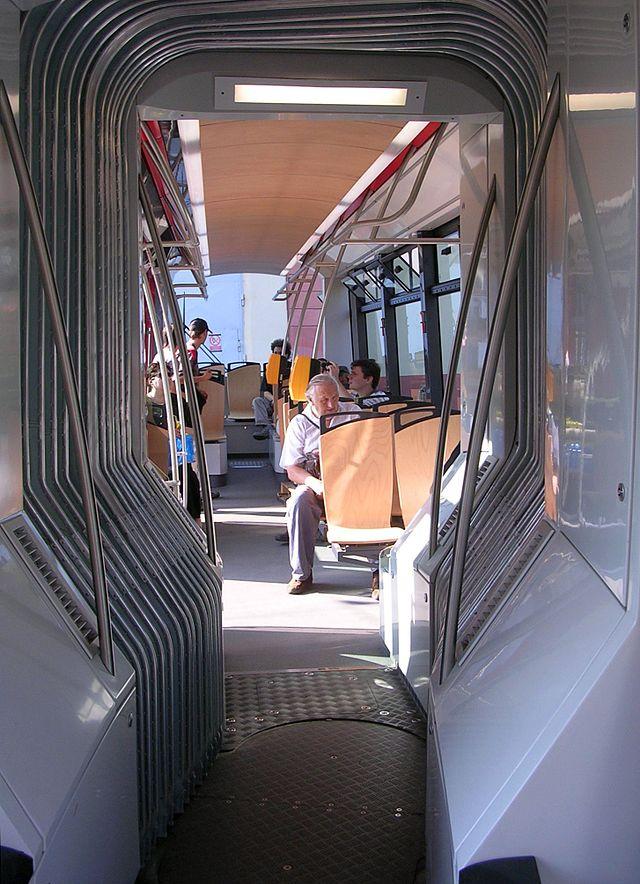 водородный трамвай